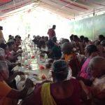 VBVO donerer madvarer og palmetræer til fattige familier